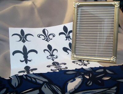 Make this framed fleur-de-lis with items you have around your home! Great french inspired home decor!