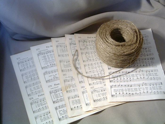 These simple sheet music rolls will look great in your home decor.
