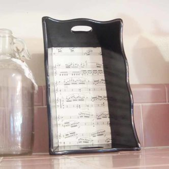 This decoupage tutorial will show you how to make a sheet music tray with success!