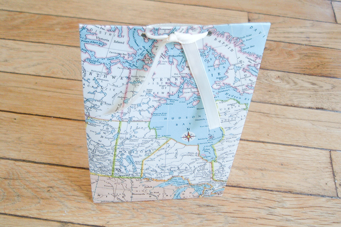 how to make gift bags from maps