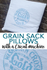 You can make DIY grain sack pillows with your Cricut machine! Flour sack pillows add an extra touch to your farmhouse style home! #farmhouse #farmhousestyle #cricut #cricutmade