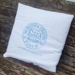Grain Sack Pillows with a Cricut Machine