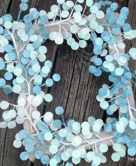 Get this instructions for making this quick and easy winter wreath.