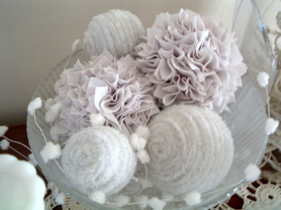 Pipe Cleaner Snow Balls With Winter White The Country