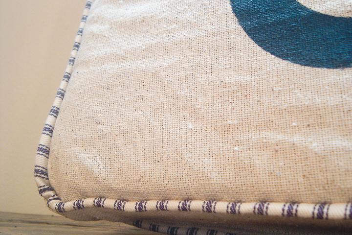 how to sew a farmhouse pillow