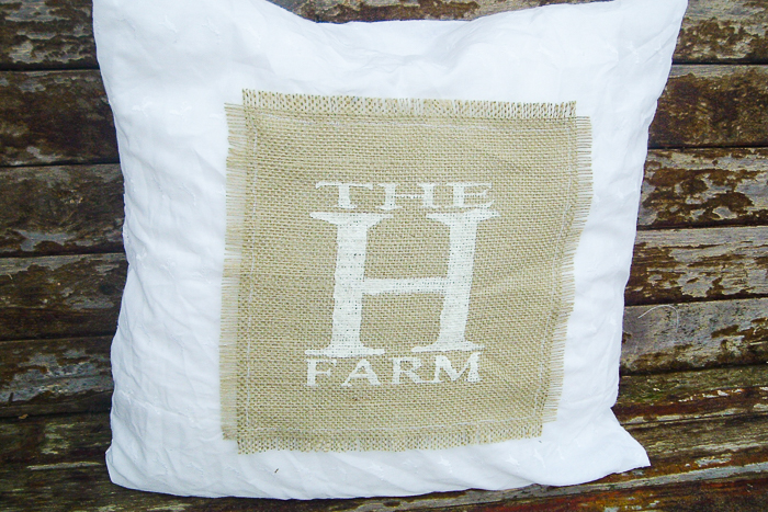 How to make DIY pillow covers with burlap.