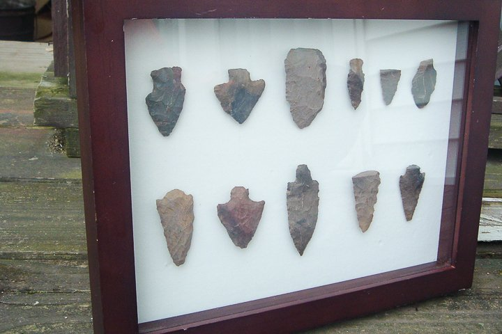how to display arrowheads in your home