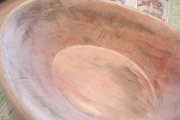 making a wooden bowl look old with paint