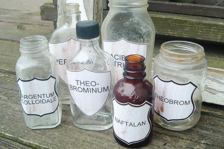 adding free printable vintage labels to jars