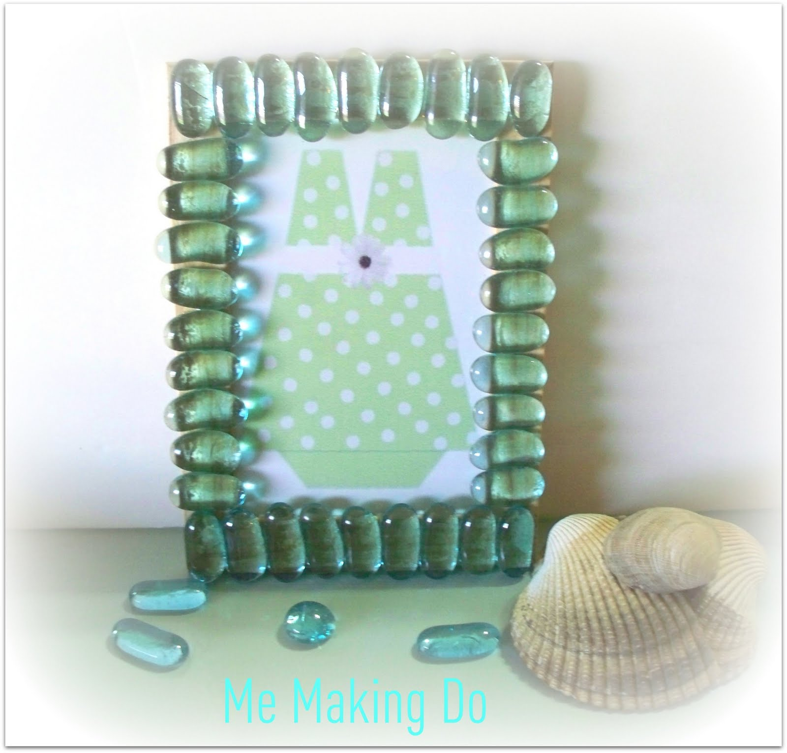 Sea Glass Picture Frame (plus free printable) - Beach Bash Day 2 ...