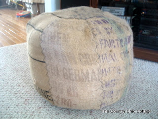 Make your Own Pouf { Ottoman }: HINT – Coffee Sack Home Decor!!