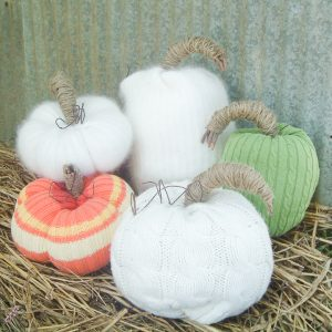 tutorial for how to make sweater pumpkins