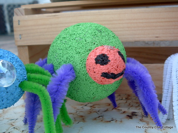 green styrofoam spider craft