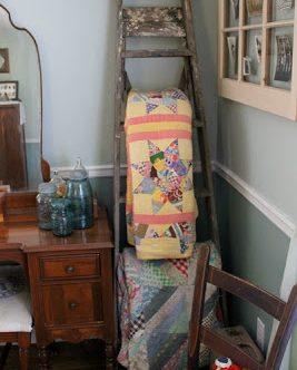 Vintage Ladder Quilt Hanger