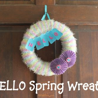 Hello Spring Wreath with @momitforward and @plaidcrafts