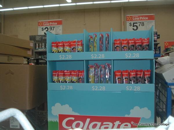 Colgate Nickelodeon Easter Pallet