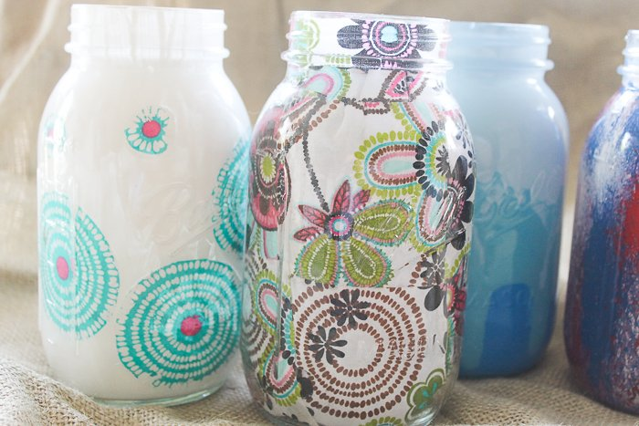 How to make painted and decoupaged decorative mason jars