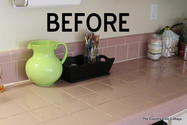 cleaning grout with vinegar