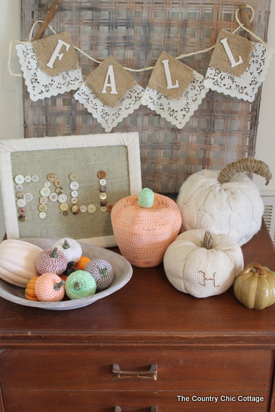 farmhouse style fall display