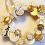 button wreath ornament-003