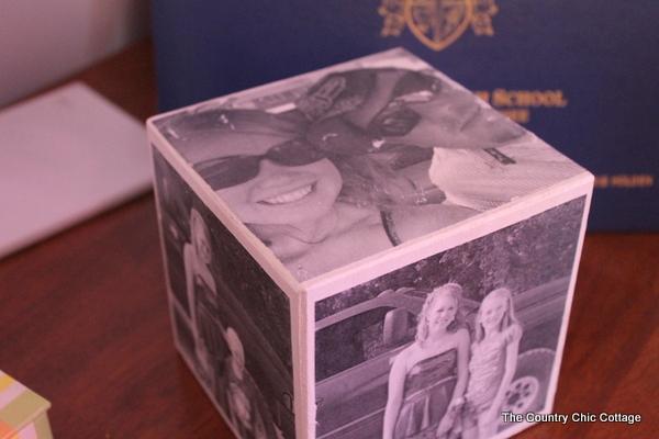 finished DIY photo cube