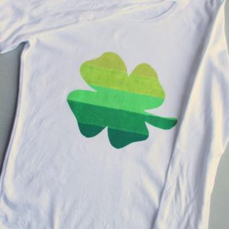 Ombre Clover Pinch Proof Shirt plus Saint Patrick's Day Crafts @decoart_inc