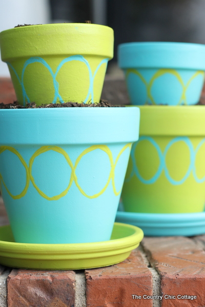 DIY Tiered Planter Pots with Patio Paint with @decoart_inc ...
