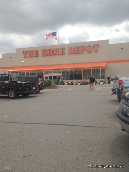 shopping the home depot for planters for my container garden this spring