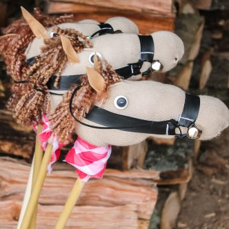 how to make a stick horse from a sock