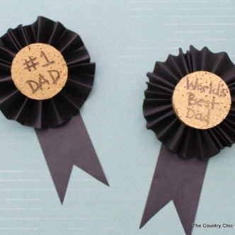Kids Craft for Father's Day:  Medals for Dad