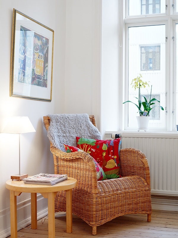 Using Wicker Furniture Indoors The Country Chic Cottage