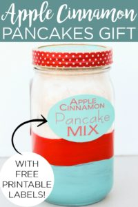 Give the gift of this apple cinnamon pancake mix in a jar! Includes free printable labels to turn ingredients from your kitchen into a gift in a matter of minutes! #masonjar #giftidea #giftinajar #printables #freeprintable #printablelabels #pancakes #recipe #christmasgift #holidaygift #giftidea #easygift #quickgift #inexpensive