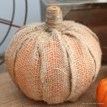 make your own burlap pumpkin-008