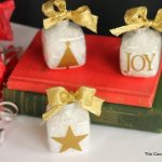 gold silhouette ornaments-003
