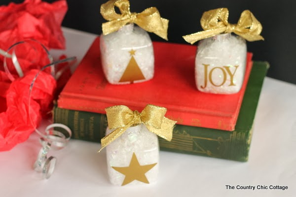 gold silhouette ornaments-003