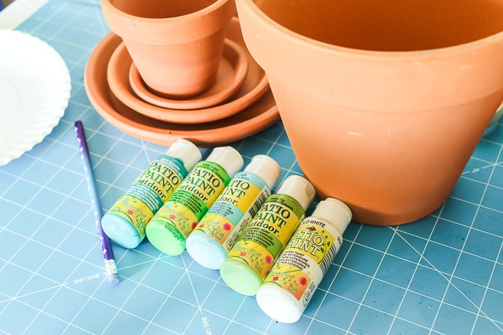 painting terracotta pots