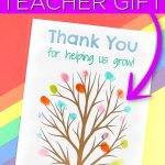 Download this free printable fingerprint tree and gift to a teacher that your child loves! Add fingerprints from the entire class for a gift the teacher will treasure for years! #fingerprint #teachergift #teacherappreciation #freeprintable #printable #thankyou #giftidea