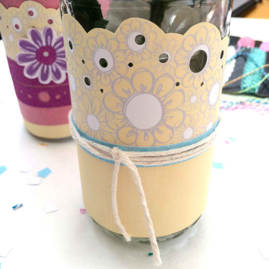 Flower Vase -- a printable vase wrap that can be added to any jar in seconds. A fun way to dress up flowers for a spring party or wedding.