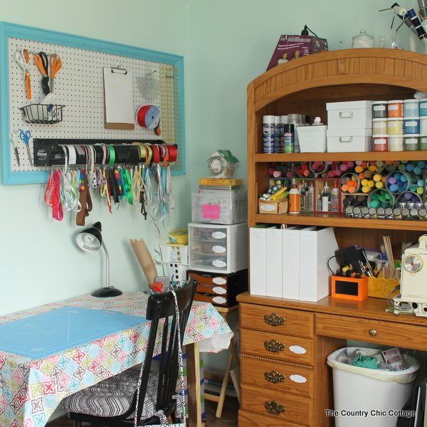 Good Organized Craft Room Tour    A Tour Of A Fabulous Craft Room With Tons Of