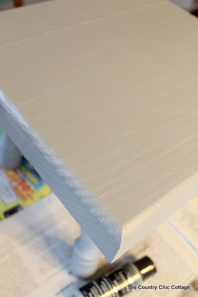 Paint a Step Stool -- love the stenciled arrows on the top and the color dipped feet.