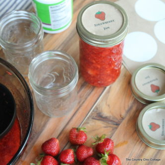 Strawberry Freezer Jame with Free Printable Labels -- get secrets for making great strawberry freezer jam plus some free printable labels for adding to your jars.