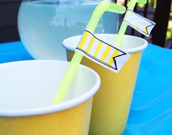 Decorate the straws with little paper flags