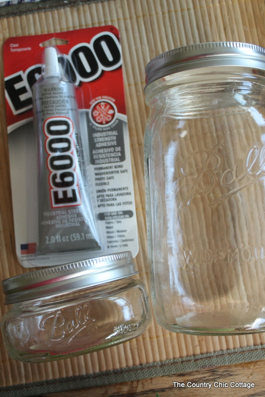 Mason Jar Salad Container -- make your own stacked salad container for easy healthy eating on the go. Click here to learn how.