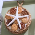 Nautical Art -- a quick and easy way to make beach themed art for your home. Click to get the full instructions.