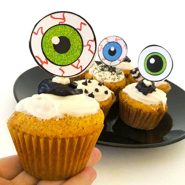 Eyeball cupcake toppers with printable eyeballs