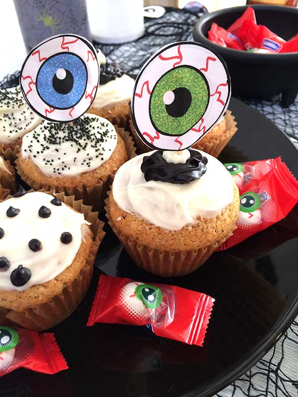 Eyeball Party Cupcakes