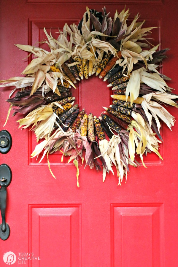 Amazing fall wreaths the country chic cottage for Amazing wreaths