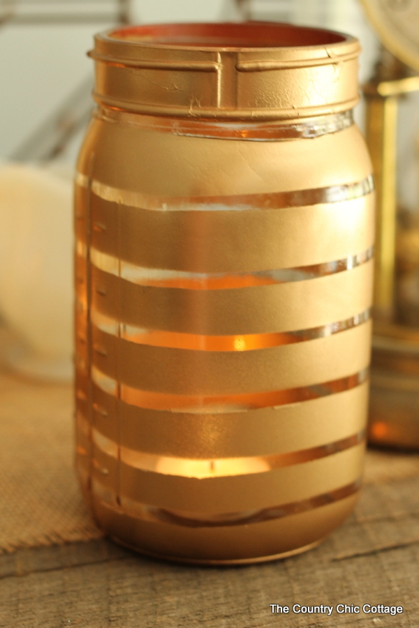 metallic painted jars use rubber bands for masking and make these. Black Bedroom Furniture Sets. Home Design Ideas