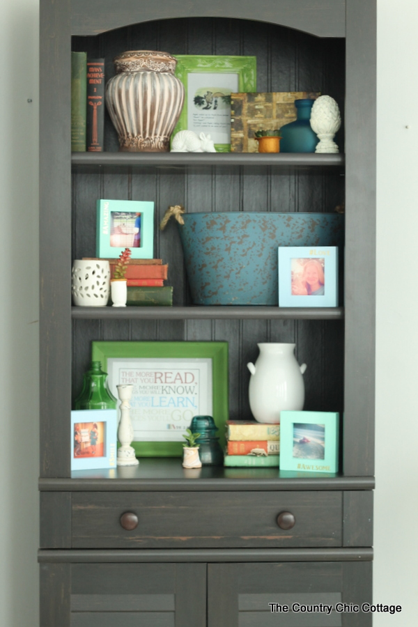 Style A Bookcase In 4 Minutes Or Less    Tips And Techniques On Arranging  Items