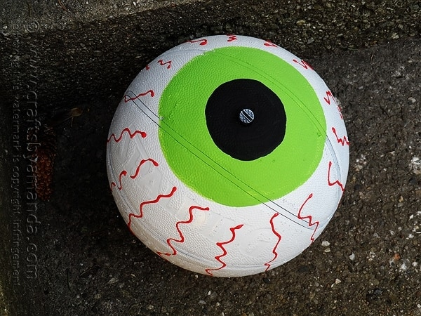 basketball eyeball